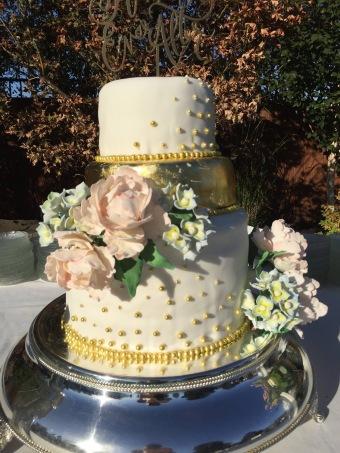 Wedding Cake- gold beads