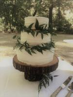 wedding cake- textured buttercream